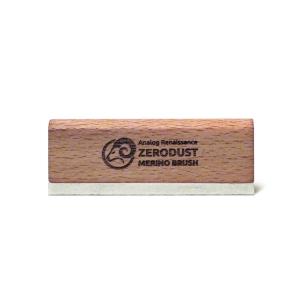 Деликатная щетка из шерсти мериноса для чистки пластинок Analog Renaissance ZeroDust